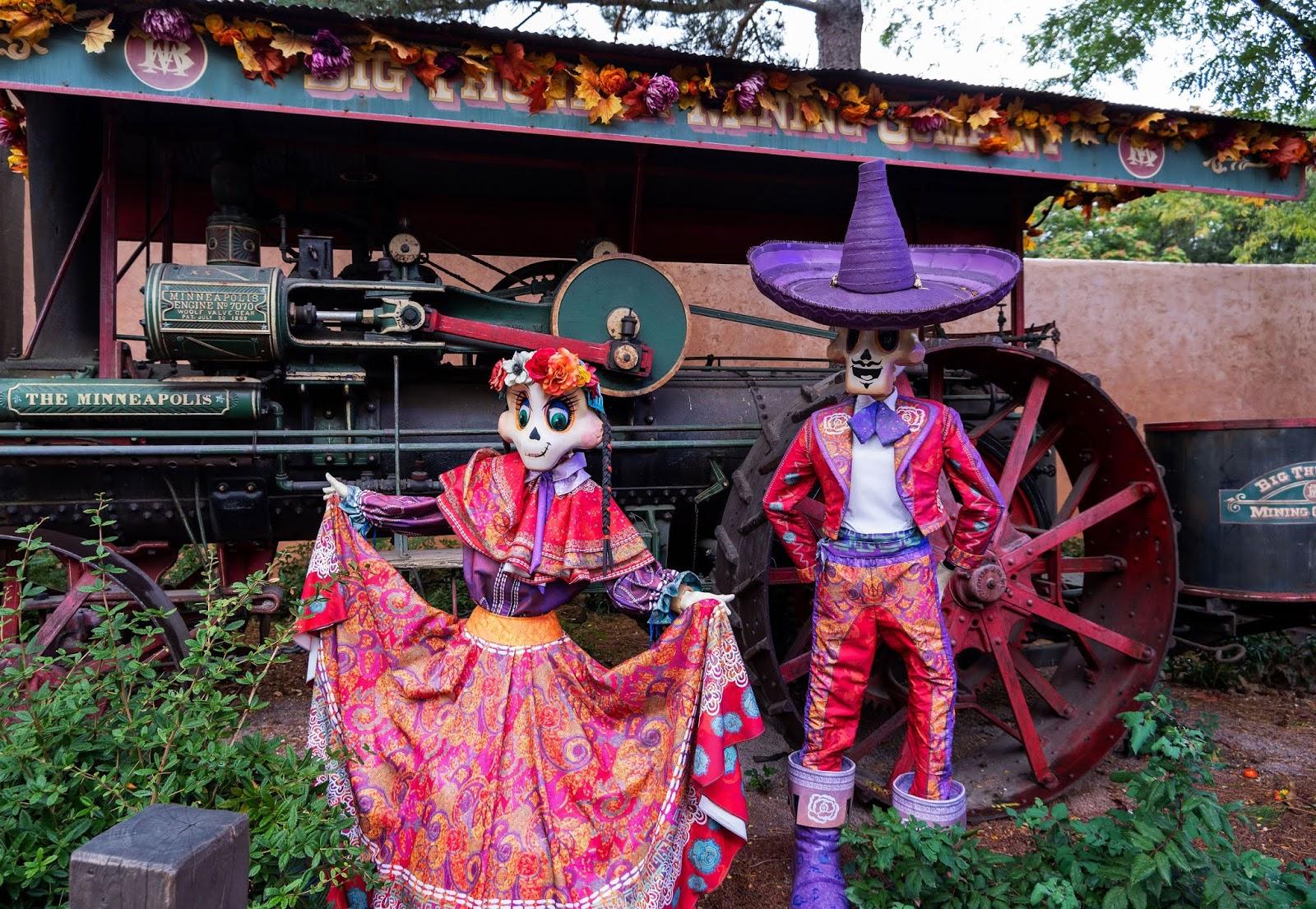 Day of the Dead displays in Frontierland, Disneyland Paris