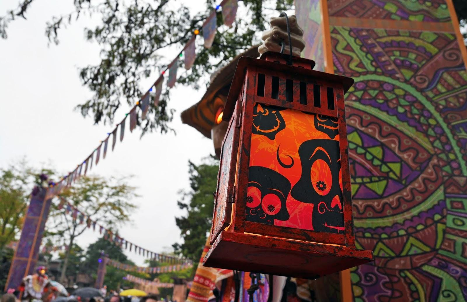 Day of the Dead lantern in Frontierland, Disneyland Paris