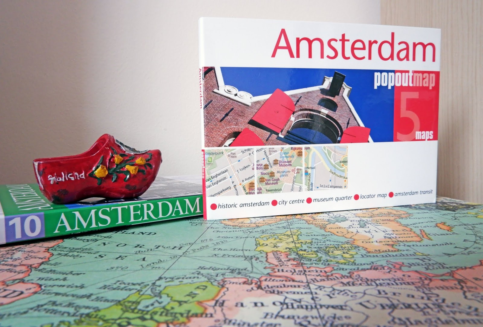 Amsterdam map and travel guide