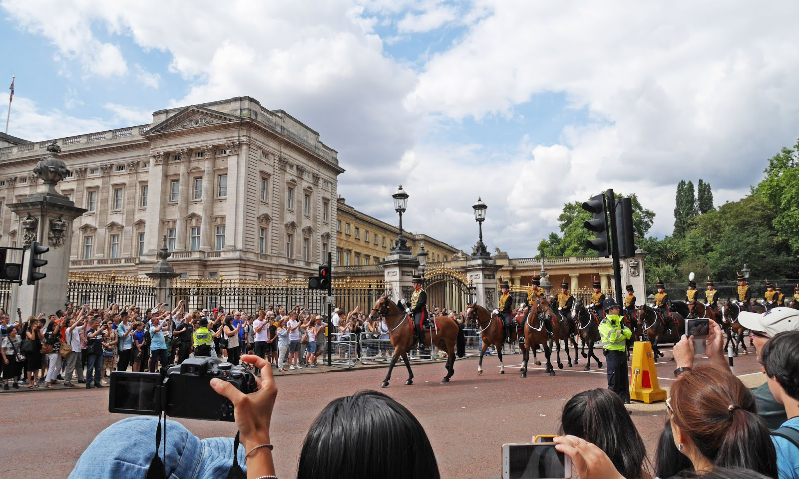 Watching the Changing of the Guard at Buckingham Palace